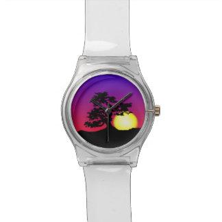 Reloj innumerable de la silueta de los bonsais de