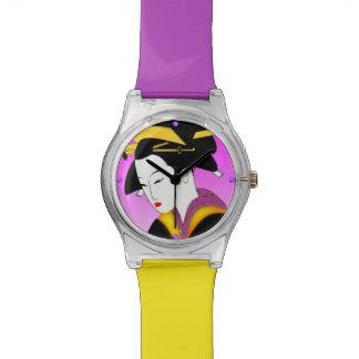 Reloj japonés moderno del geisha