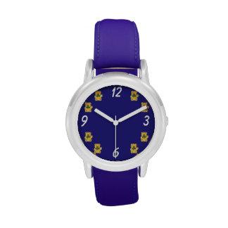 Reloj lindo del oso de peluche en azul