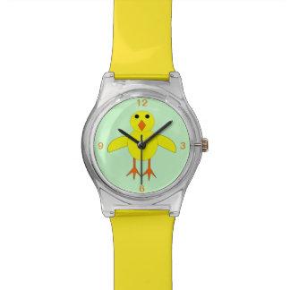 Reloj lindo del polluelo de Pascua