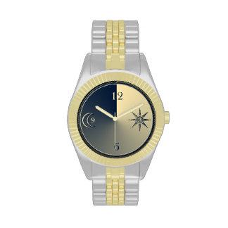 Reloj minimalistic elegante de la noche y de día
