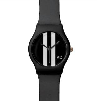 Reloj negro del monograma para los hombres