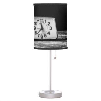 Reloj negro lámpara de escritorio