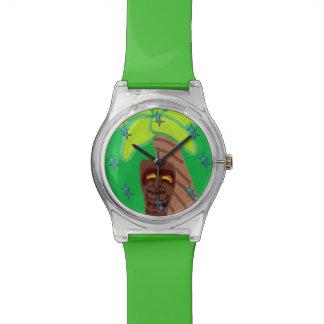 Reloj no básico nacional de Tiki