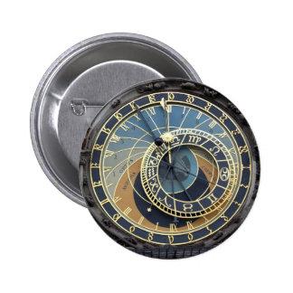 Reloj o Praga astronómico Orloj Pin Redondo De 2 Pulgadas