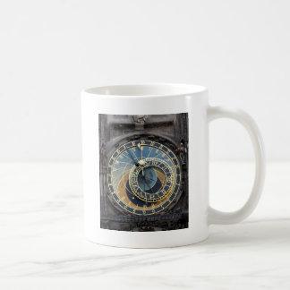 Reloj o Praga astronómico Orloj Taza Básica Blanca