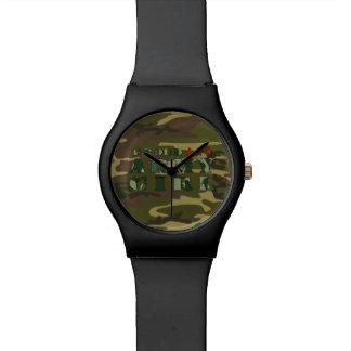 Reloj orgulloso del chica del ejército
