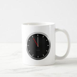 Reloj oscuro taza