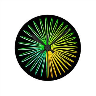 Reloj psicodélico abstracto de la ilusión óptica