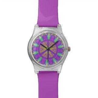 Reloj psicodélico del símbolo de paz del teñido