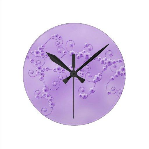 Reloj púrpura del flor de la cereza