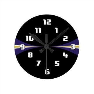 Reloj púrpura negro del oro