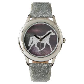 Reloj púrpura y de plata bonito del caballo de