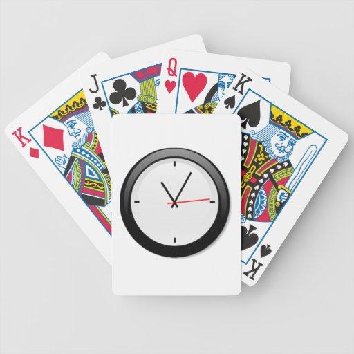 Reloj que exhibe tiempo cartas de juego