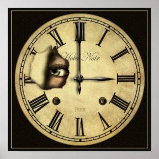 Reloj que mira el pequeño poster imprimir