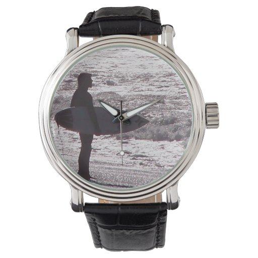 Reloj que practica surf