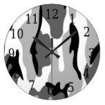 Reloj redondo del camuflaje gris blanco negro