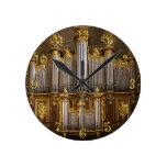 Reloj redondo del órgano de Montpelier