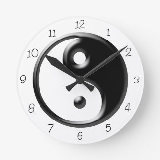 Reloj redondo negro de Yin Yang