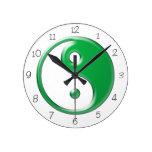 Reloj redondo verde de Yin Yang