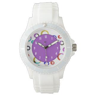 Reloj retro de los aros de Colorblock - púrpura