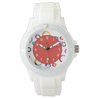 Reloj retro de los aros de Colorblock - rojo
