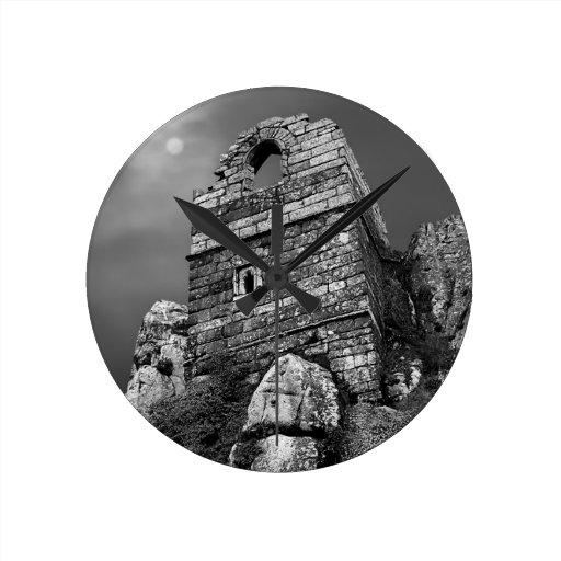 Reloj - roca de Roche, Cornualles, Reino Unido