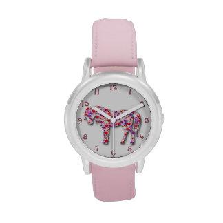 Reloj rosado clásico del potro del caballo del cor