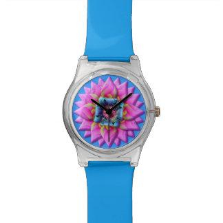 Reloj rosado de la flor
