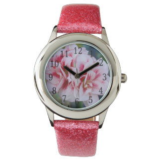 Reloj rosado de las flores