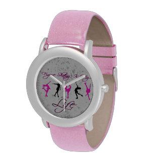 """Reloj rosado de los chicas """"patinaje artístico"""""""