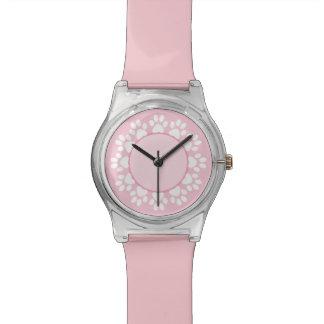 Reloj rosado del amante del mascota del pawprint