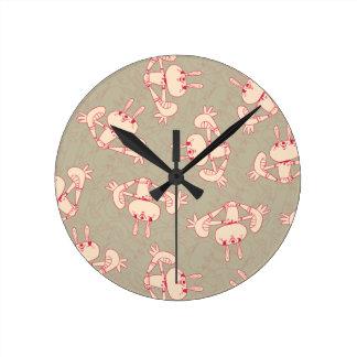 reloj rosado del conejo