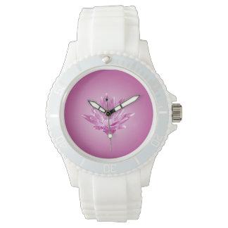 Reloj rosado del lirio de agua