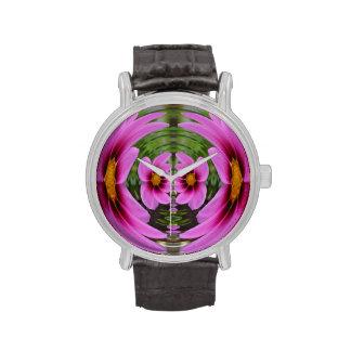 Reloj rosado del remolino de la flor