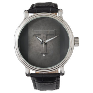 Reloj rústico del monograma del metal negro T