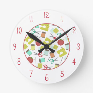Reloj temático de costura