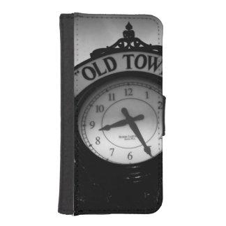 Reloj viejo de la ciudad billetera para teléfono
