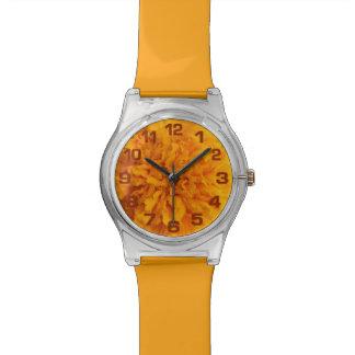 Relojes anaranjados del personalizado del clavel