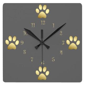Relojes de pared con clase de las patas del perro
