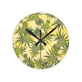 Relojes de pared hawaianos de Camo de la piña