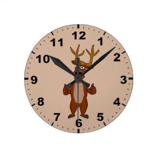 Relojes de pared lindos del diseño del reno
