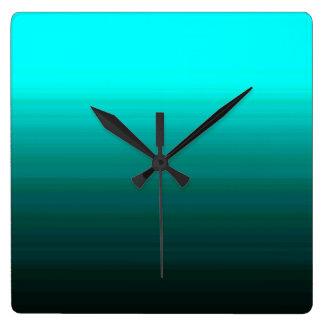 Relojes de pared modernos de las estriaciones de