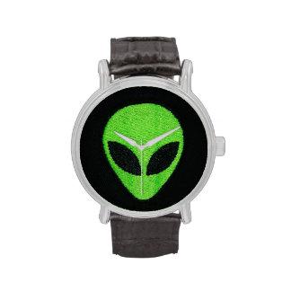 Relojes extranjeros del verde