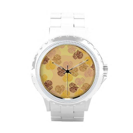 Relojes románticos tribales de los corazones