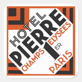 Remake francés de la etiqueta del hotel de París