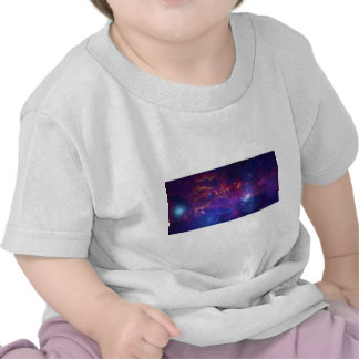 Remanente de la supernova del polvo del gas del camisetas