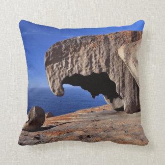 Remarkable Rocks, Kangaroo Island,South Australia Throw Pillow
