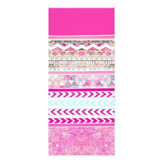 Remiendo azteca rosado de neón Paisley floral Lona