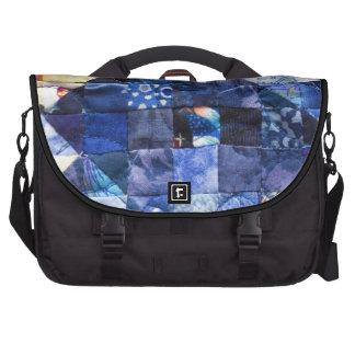 Remiendo azul del edredón del modelo bolsas para portátil